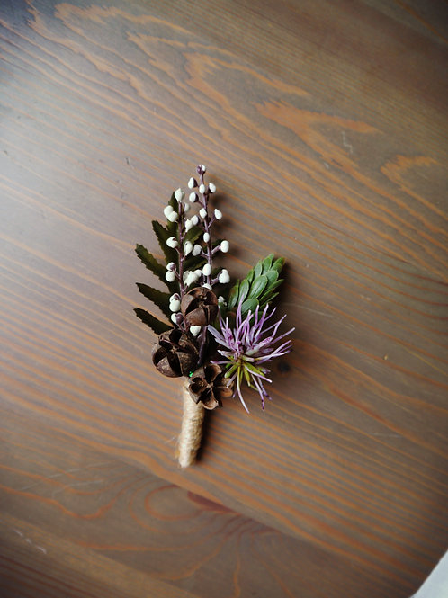 Chic Rustic Boutonniere