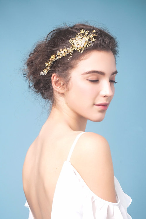 Alanis ǀ Glistening Pearl charm