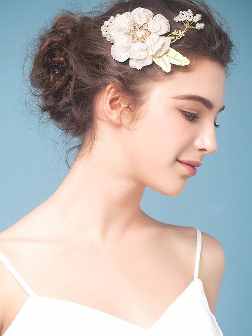 Josie ǀ Romantic Ivory Flower Headpiece