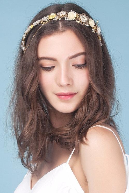 Serena ǀ Elegant Fleur Bridal Band