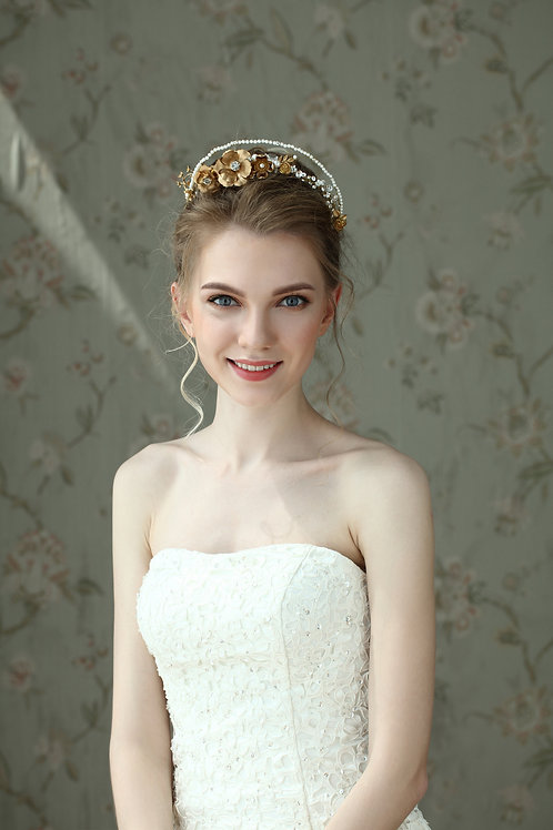 Eileen ǀ Double Band Flower and Pearl Tiara