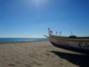 barco-playa-carihuela.jpg