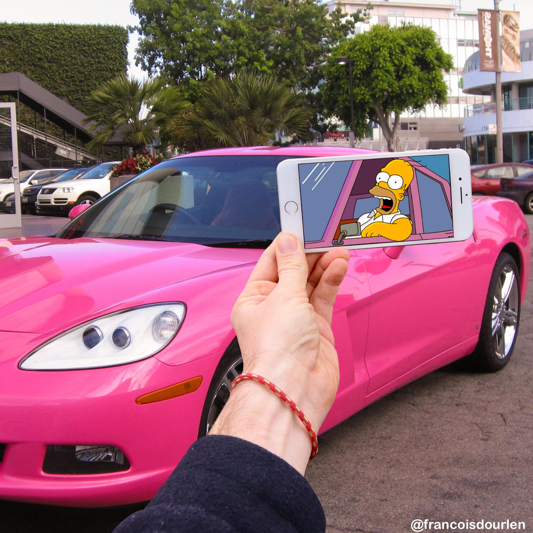 Homer pink car