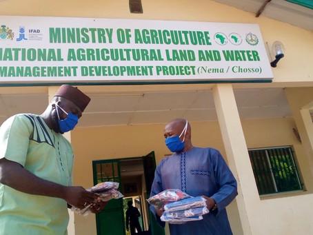 Agritech Enterprise Donates Face masks to Farmers