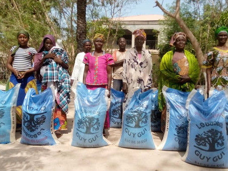 45 families receive rice gift from Live and Smile for my people organisation