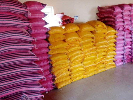 Gunjur Covid-19 Emergency Committee distributes 200 bags of rice to vulnerable