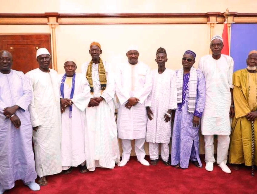 President Barrow meets district chiefs in Gambia