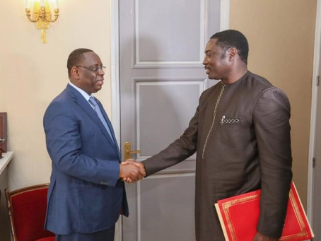 Foreign Minister meets President Sall to strengthen bilateral relations