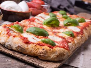La pizza nel forno di casa