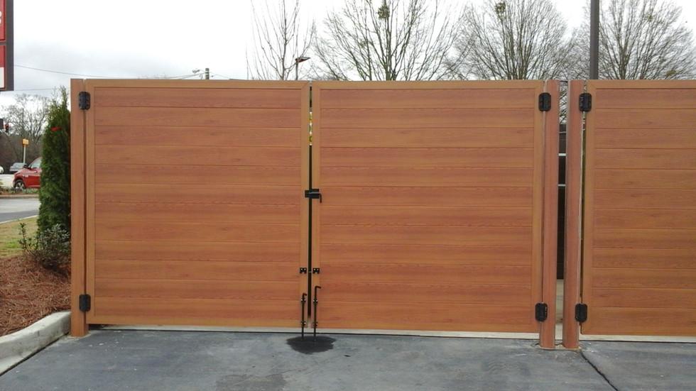 Light Oak Aluminum Fence