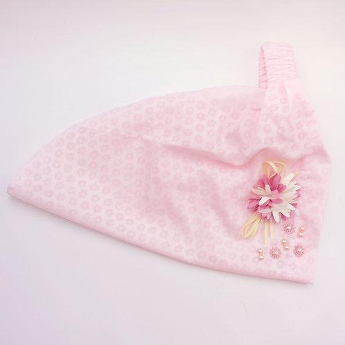 Косынка розовая с цветочком