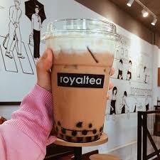 ROYALTEA17