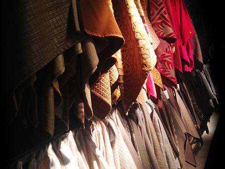 Gordijnen, behang en meubelstoffering