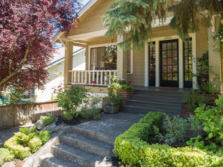 SOLD! Charming Bungalow  - Queen Anne