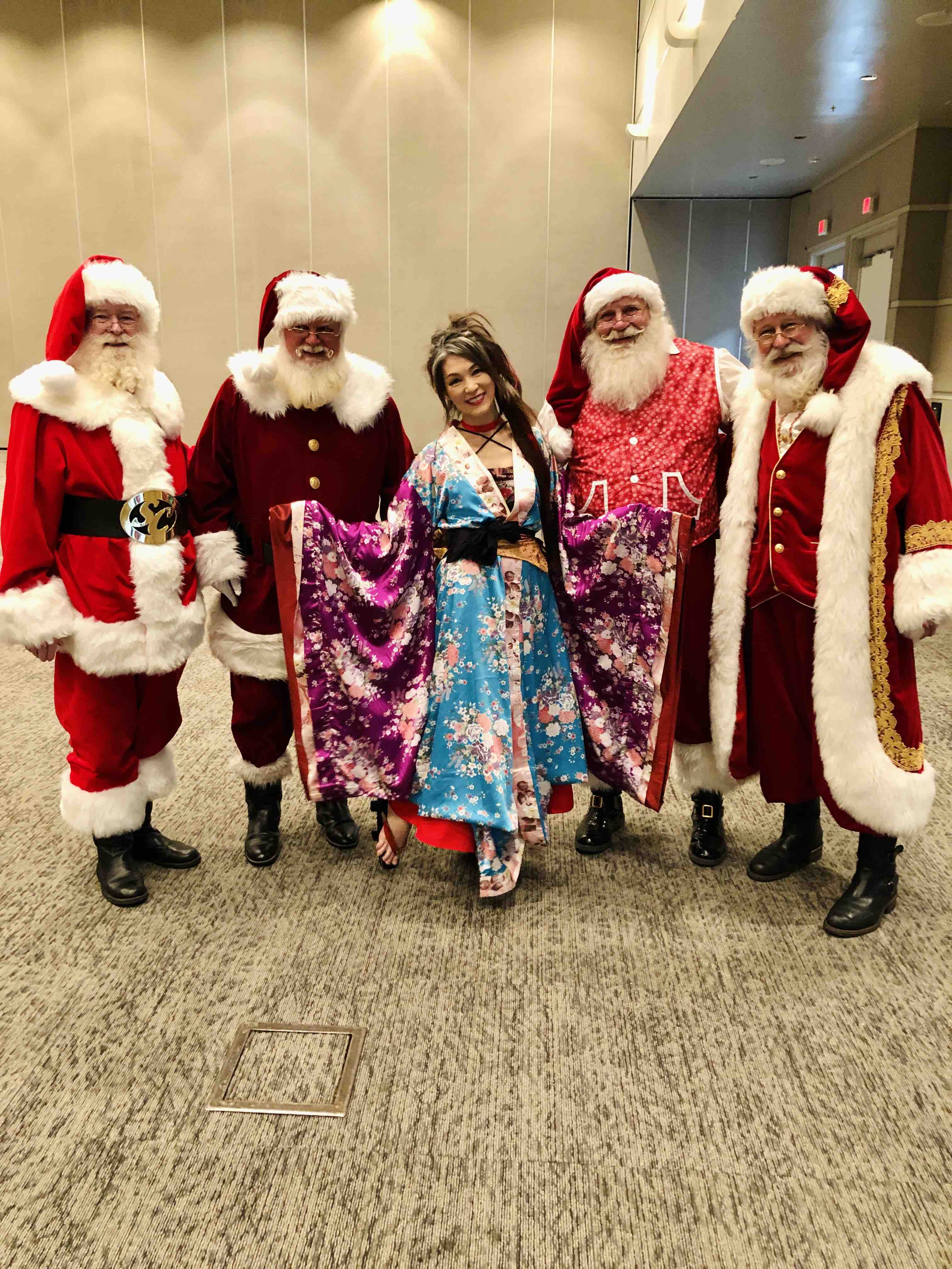 Miyuki Geta Dance Art with Santa