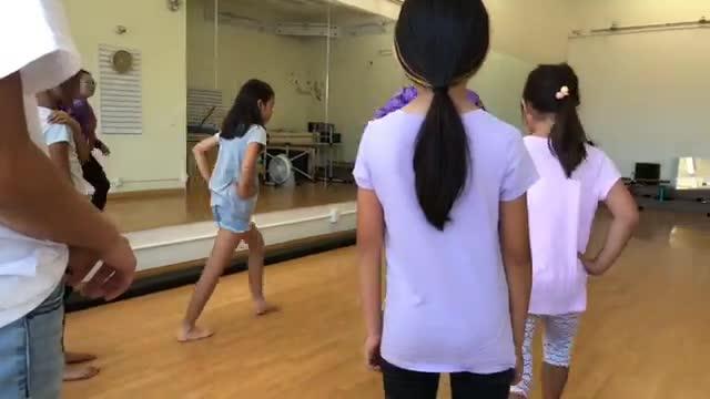 Juli's HipHop & Dance Pom