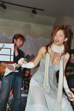 Singing G.jpg
