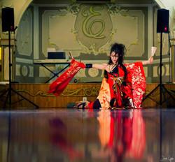 Miyuki+Geta+Dance+Tomoneko12+2