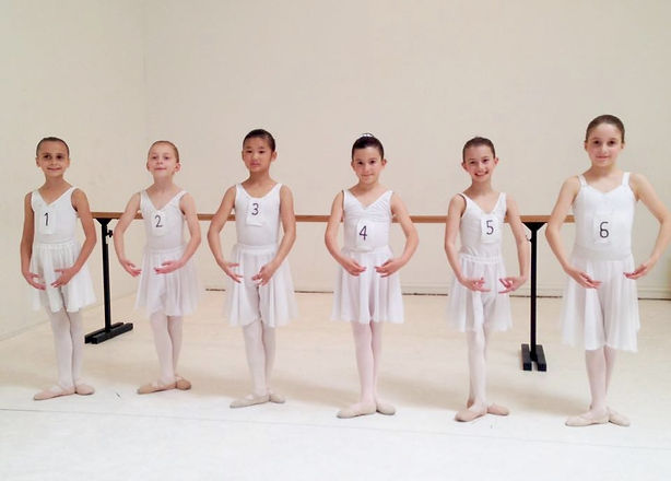 Ballet Preparatory A Examination Group 2