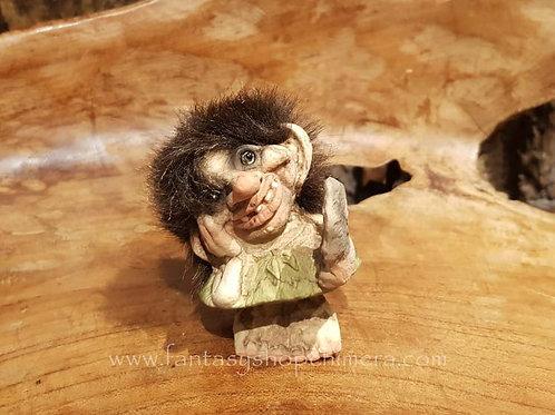 troll girl with mirror nyform original norwegian noorse trollen trollenwinkel trollenmeisje met spiegel