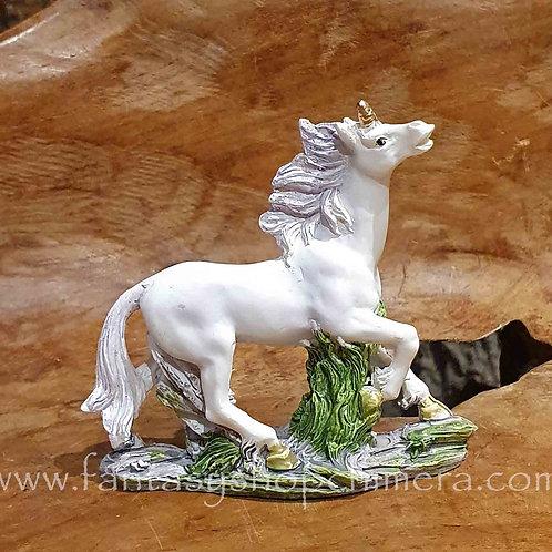 running unicorn eenhoorn beeldje figurine fantasy shop cadeauwinkel amsterdam