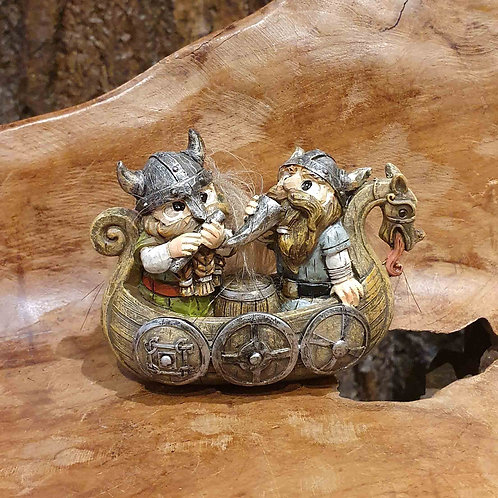 viking in boat draka drakenboot vikingen beeldje figurine