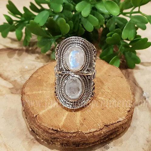 rainbow moonstone regenboogmaansteen large healing stones silver ring jewellery jewelry shop amsterdam sieraden zilver winkel