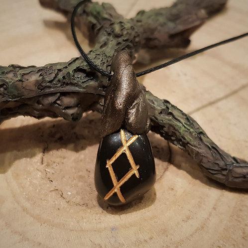 mannaz rune viking necklace collier rune hanger sieraden pendant zwarte steen symbolische hangers bescherming
