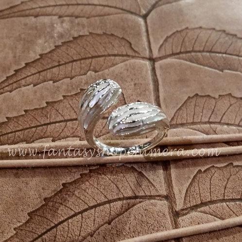 Fantasy wrinkle ring