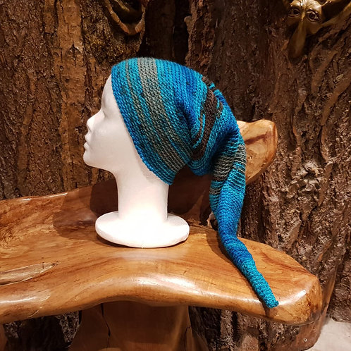 Blue long pointy hat winter pixie gnome kabouter-muts lange puntige muts winter hippie boho
