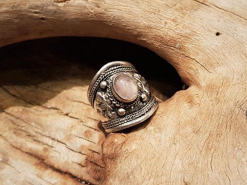 rose quartz fantasy ring jewelry sieraden met rozenkwarts love liefde