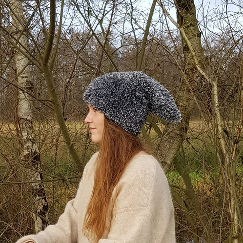grey tone pixie pointed pointy hat warm woolen puntige wollen warme wintermuts