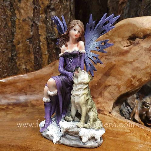 misty and Rufus fairy with wolf figurine beeldje elfje fee feetje met wolf