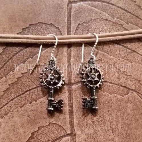 Clavitraction earrings