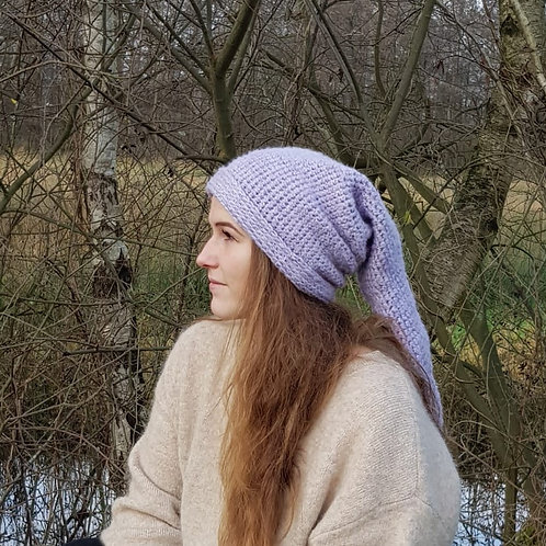 Long pointy winter hat pixie gnome kabouter lange puntige wintermuts mutsen beanie lilac