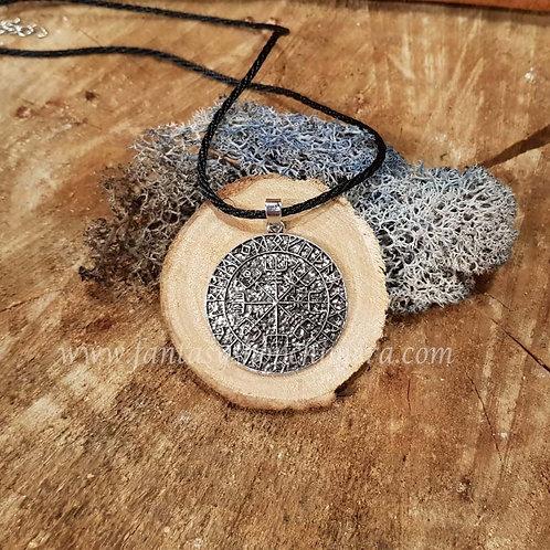 vegvisir helm of awe amulet protection bescherming geluk viking sieraden jewelry
