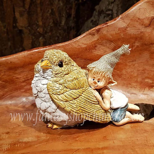 Bird Snuggle pixie figurine bird beeldje vogel mus fantasy shop chimera amsterdam