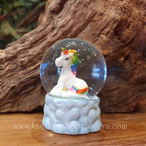 rainbow unicorn snow globe miniature eenhoorntje glazen bol sneeuwbol cadeautje gift store amsterdam