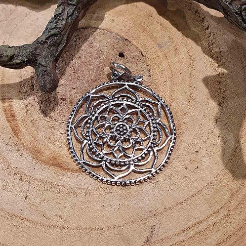 mandala hanger pendant silver zilveren zilver sieraden jewelry jewellery symbolic symbolische