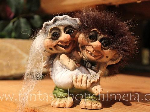 Trolls Just married