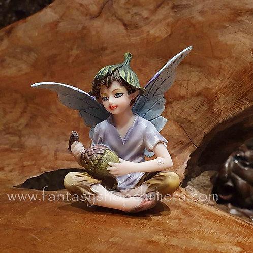 acorn tiny fairy boy figurine klein elfje beeldje bloemenelfje jongetje fee feetje sprookje tinkerbel
