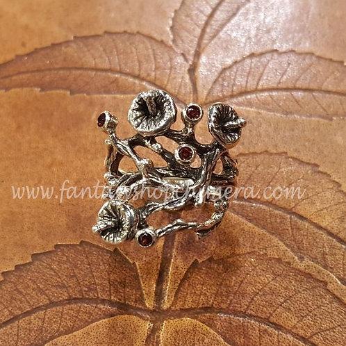Ring Garnet Forest