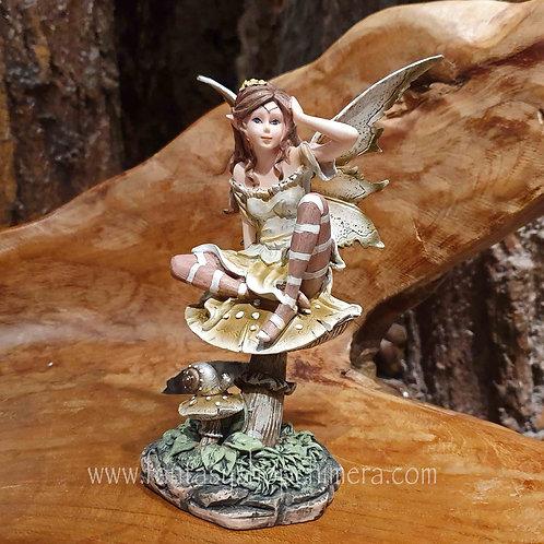 mushroom magic fairy figurine shop gifts buy amsterdam elfje op paddestoel feetje beeldje kopen