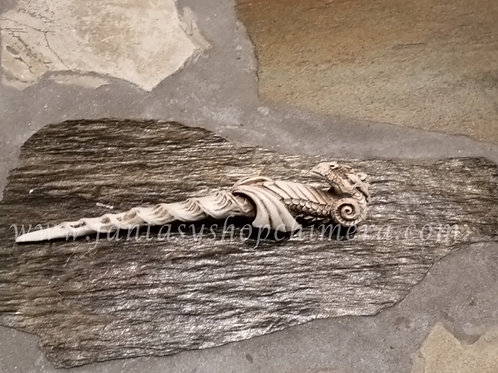 Dragon wand