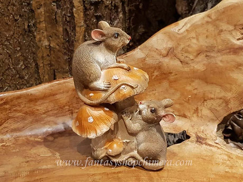 best friend mouse mice mushroom figurine beeldje paddestoel muizen muisje