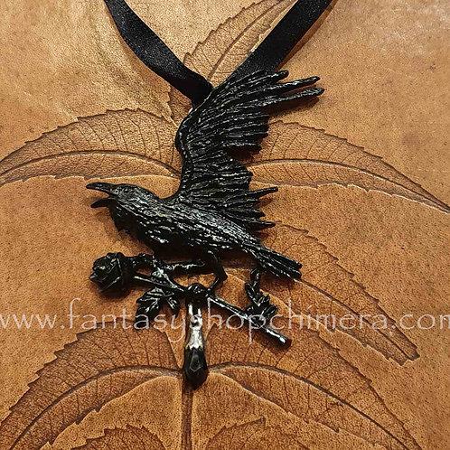 harbinger raven black rose pendant alchemy necklace sieraad vliegende raaf zwarte roos