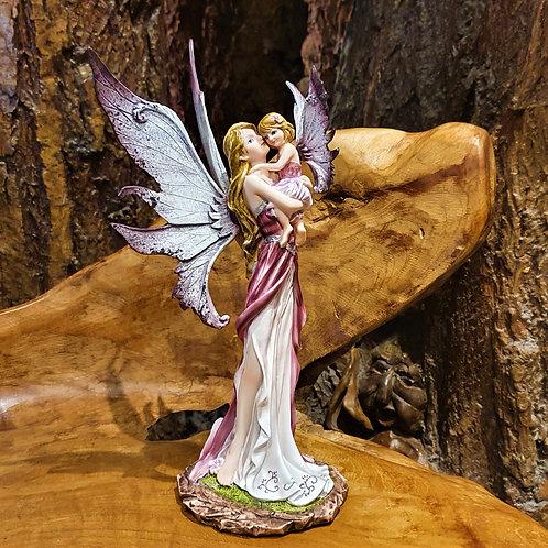 sweetest thing fairy with fairy child mother baby girl figurine elf moeder en kind beeldje