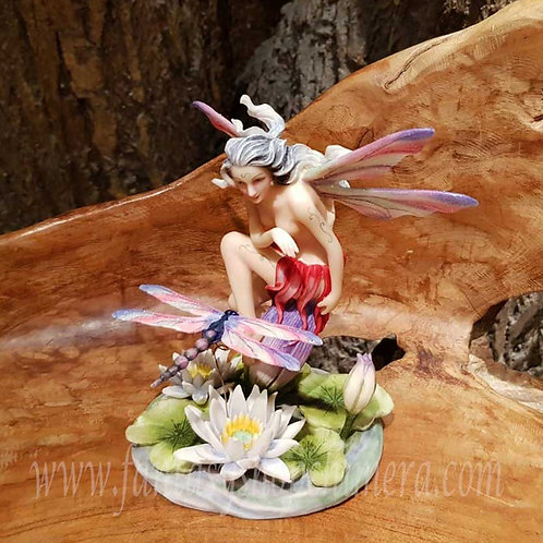 water lily jody bergsma fairy water nympg dragonfly libelle waterlelie elfje beeldje figurine fantasy shop chimera