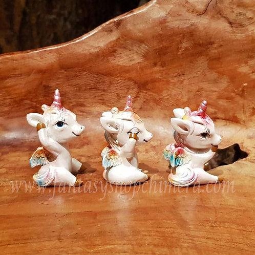 3 wise chimeras unicorn pegasus eenhoorn horen zien zwijgen hear no see no speak no evil
