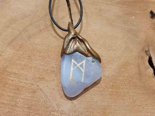 mannaz futhark power rune symbol celtic druids bescherming hanger vikings